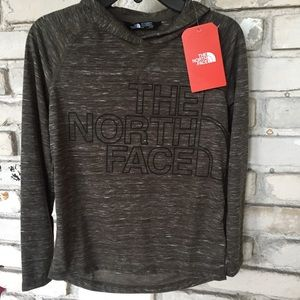 The north face tee hoodie.    Nwt